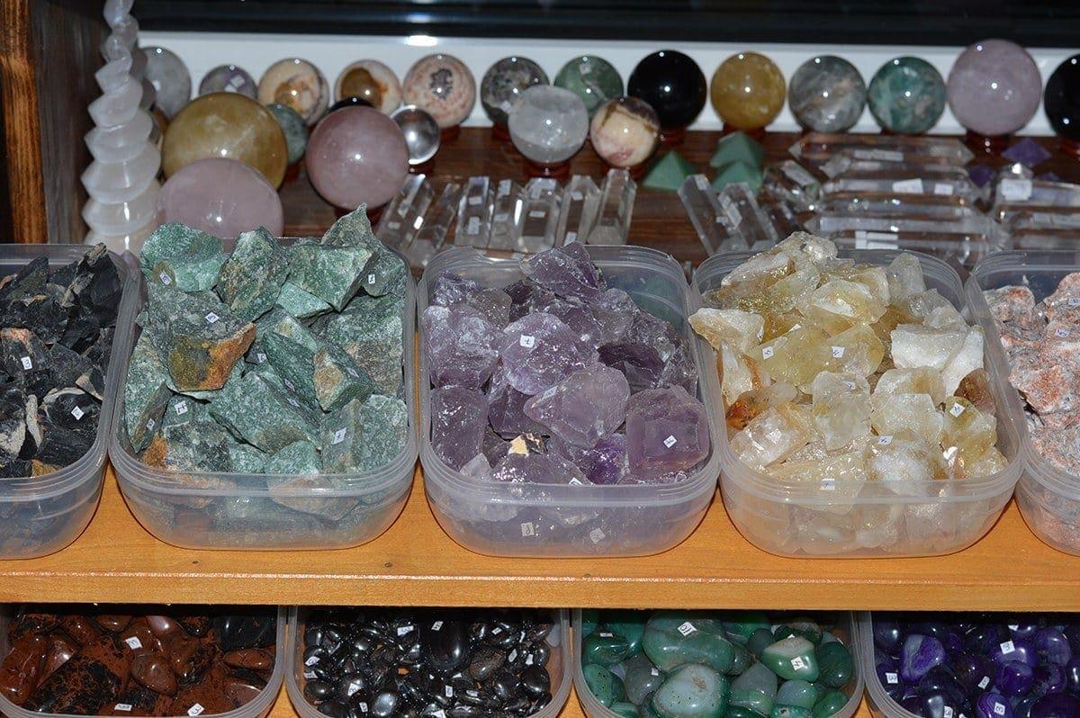 Magazin pietre semipretioase StoneMania Bijou Bucuresti 19