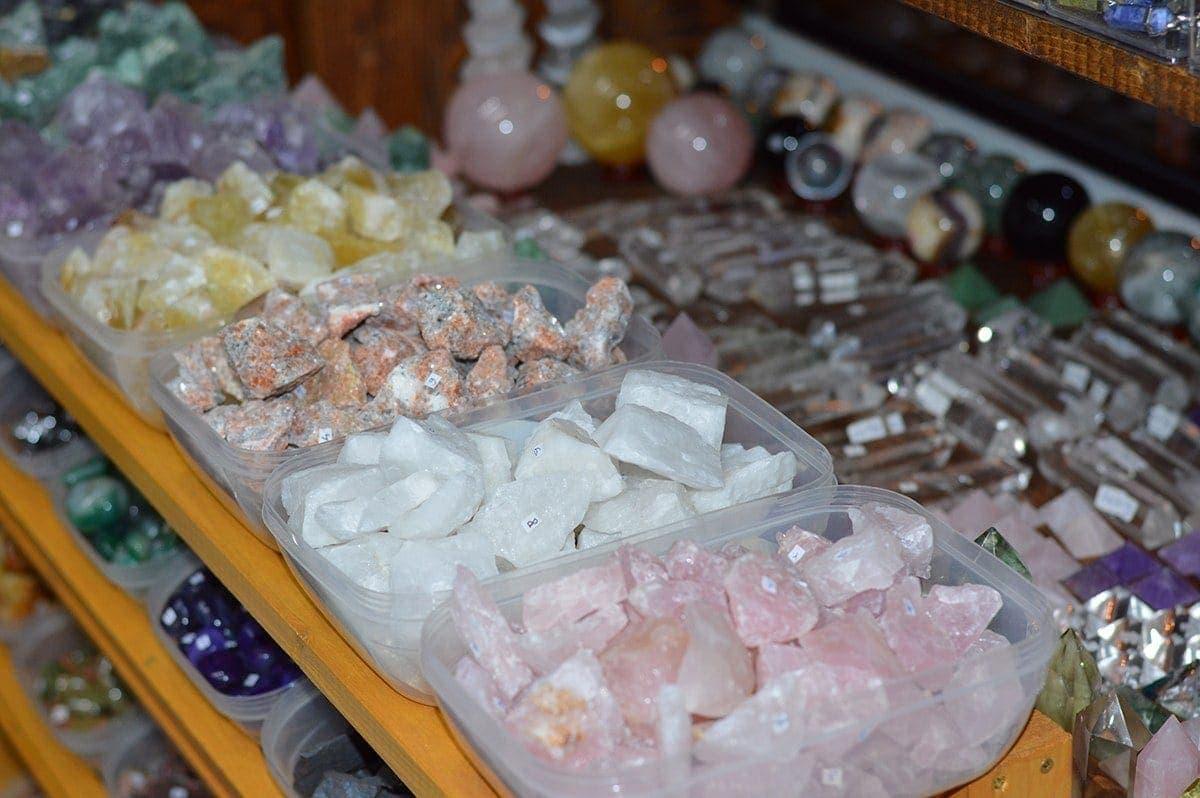 Magazin pietre semipretioase StoneMania Bijou Bucuresti 20