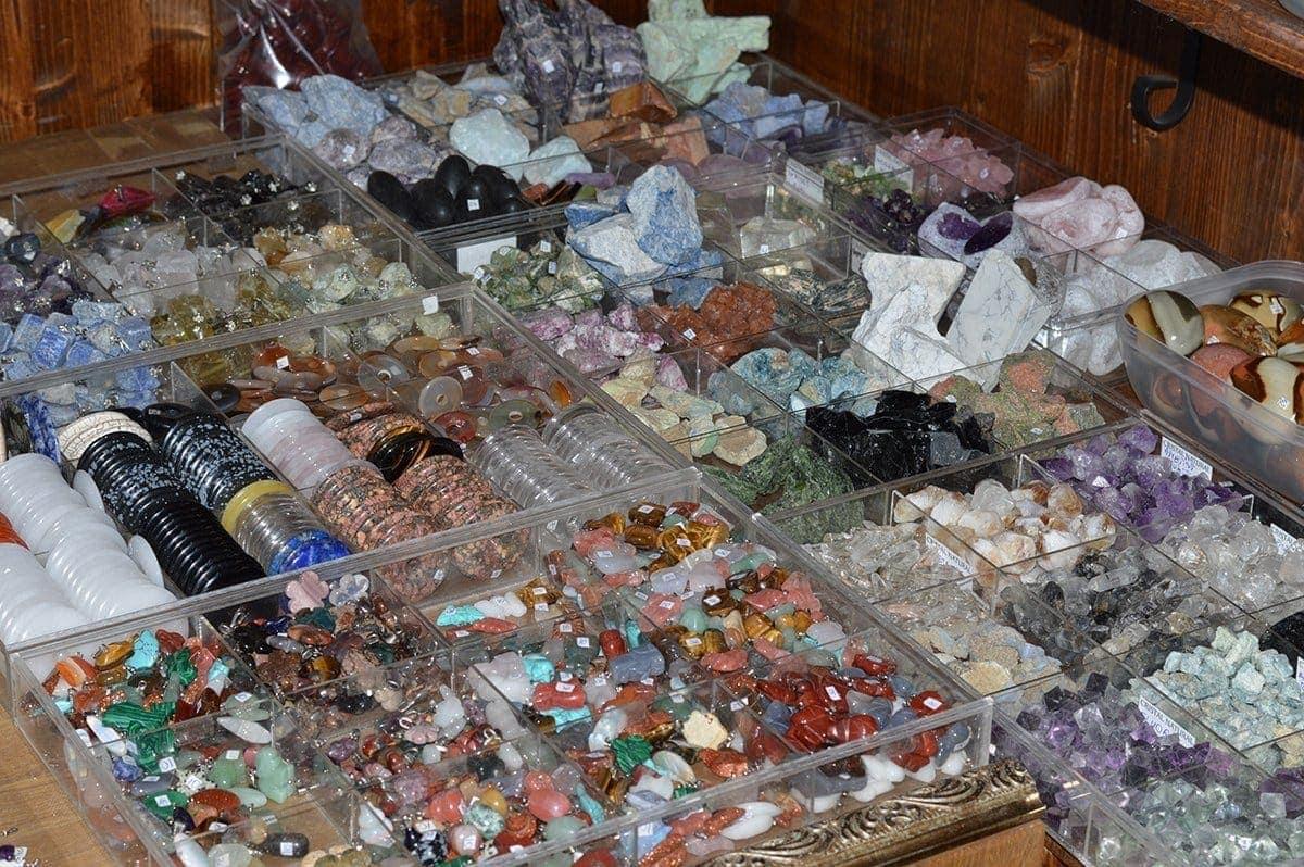 Magazin pietre semipretioase StoneMania Bijou Bucuresti 33
