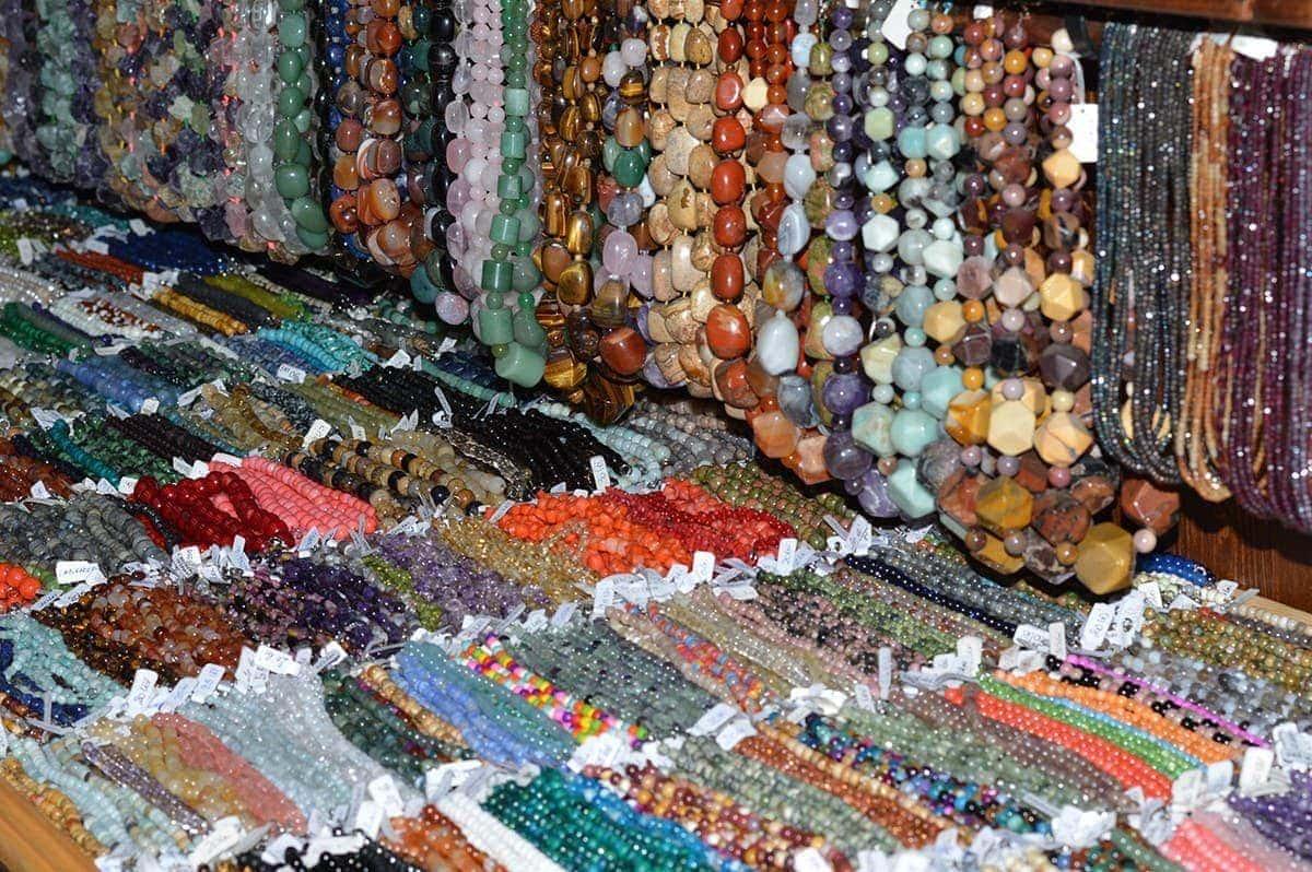 Magazin pietre semipretioase StoneMania Bijou Bucuresti 34
