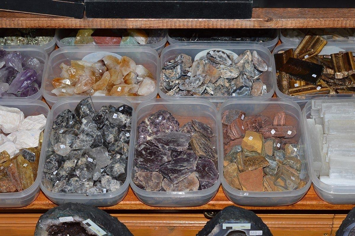 Magazin pietre semipretioase StoneMania Bijou Bucuresti 39