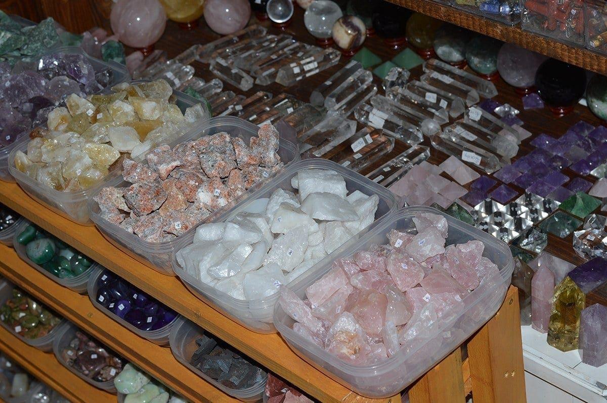 Magazin pietre semipretioase StoneMania Bijou Bucuresti 44