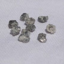 Diamant natural gri brut 4mm