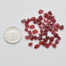 Spinel rosu brut 4-5mm